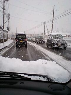 また雪です!